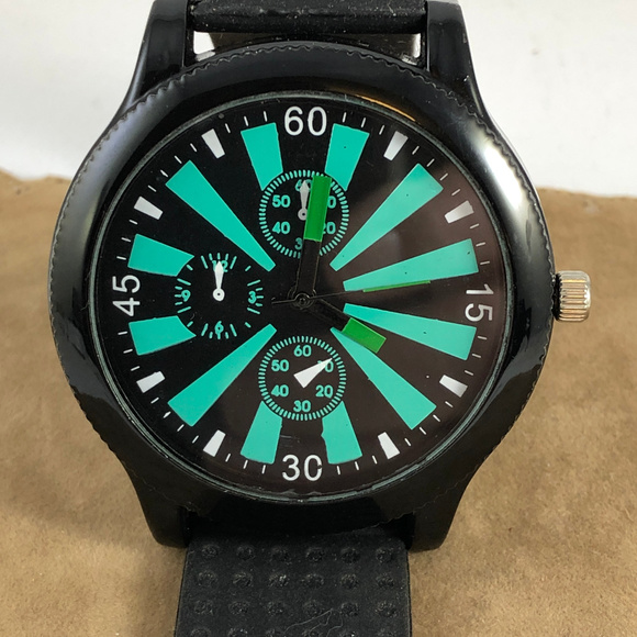 Carbon Other - Carbon Elements Sports Watch 2 In Case 10 In Long